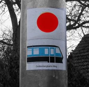 Wanderwege Großgeschaidt: Oben: Roter Punkt, unten Grüner Triebwagen
