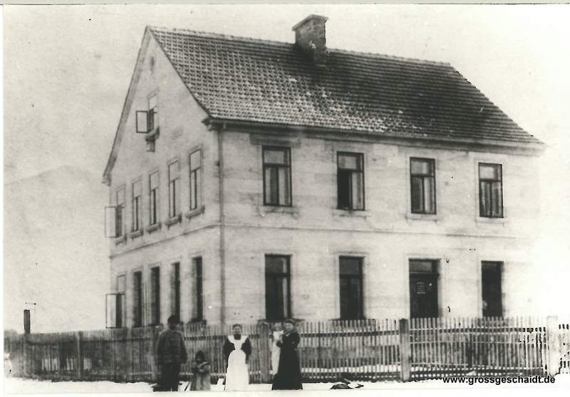 Schulhaus, zur Verfügung gestellt von Ewald Glückert
