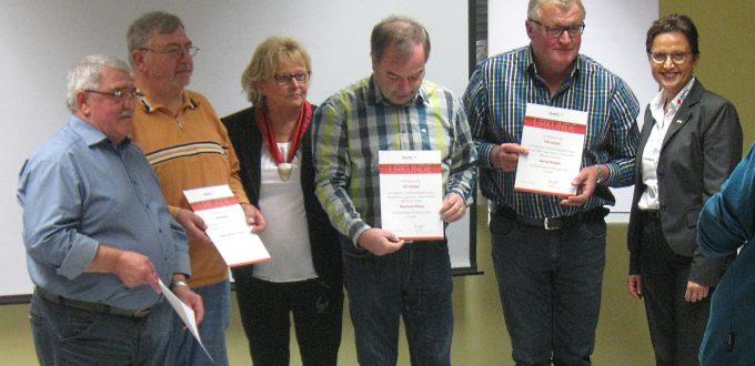 Auf dem Foto sind von links abgebildet:  Roland Walter, Günter Wilhelm Wagner, Melitta Schön, Reinhard Pfister, Georg Dengler und Beate Ulonska